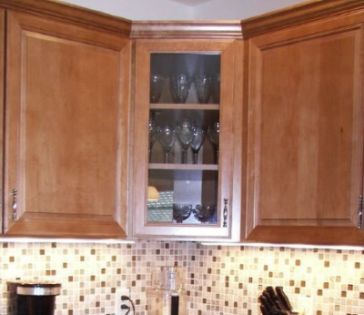 Corner cabinet with glass door